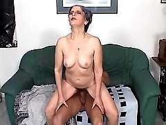 Granny sucking cock of amateur guy